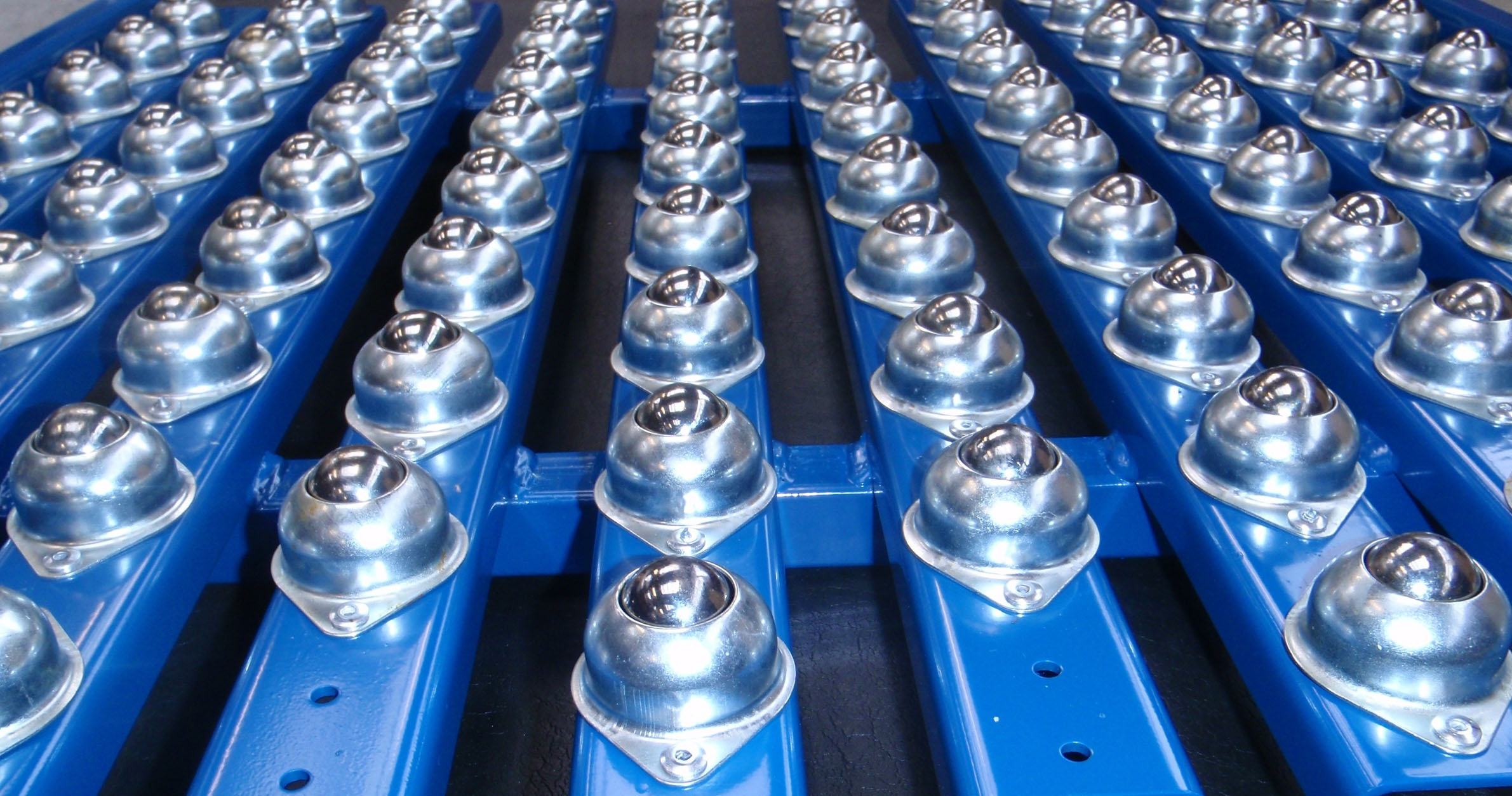Used Stainless Steel Tables >> Ball Conveyor | Ball Transfer Section » DYNO
